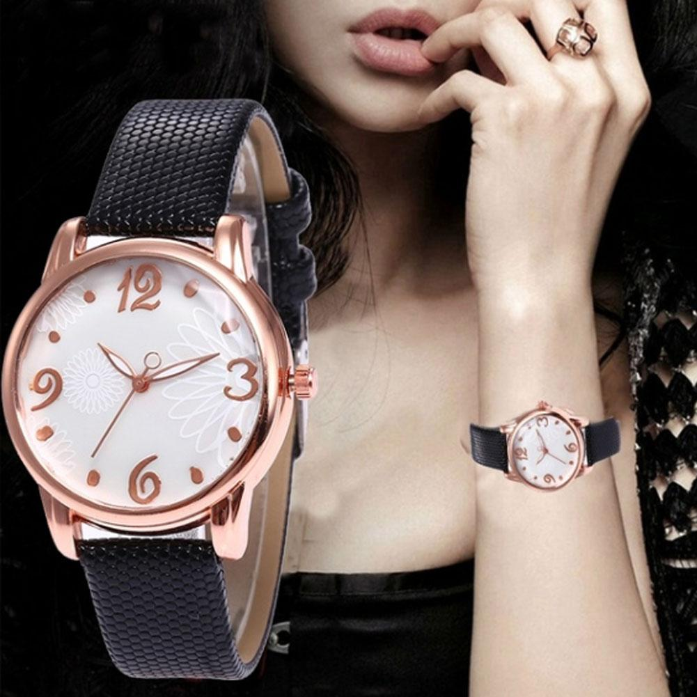 Casual Women Girls Snakeskin Quartz Analog Arabic Numbers Round Dial Wrist Watch