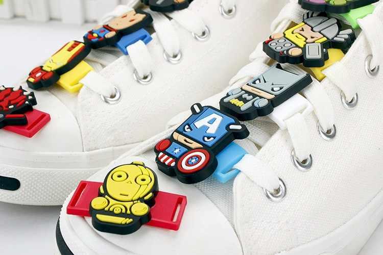 Avengers กัปตันอเมริกา Hulk Spider-Man Batman กีฬารองเท้าอุปกรณ์เสริม PVC ผ้ารองเท้ารองเท้าผ้าใบเชือกผูกรองเท้าของขวัญเด็ก