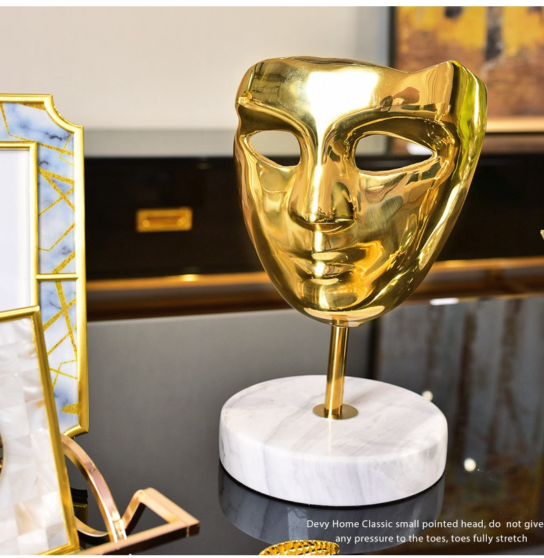 Modern Home Decor Mysterious Golden Metal Copper Mask Statues Marble Base Decorations Home Accessories Gifts Marble Sculpture