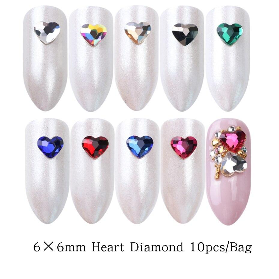 10 pequeños Diamante Rhinestone Corazón Adornos con 3 piedras de cristal centro