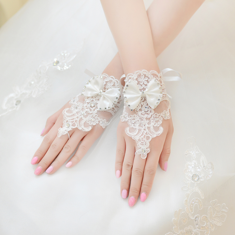 In Stock Bridal Gloves Lace Appliques Fingerless Short Wedding Gloves Wrist Length With Ribbon Wedding Accessories HOT Sale