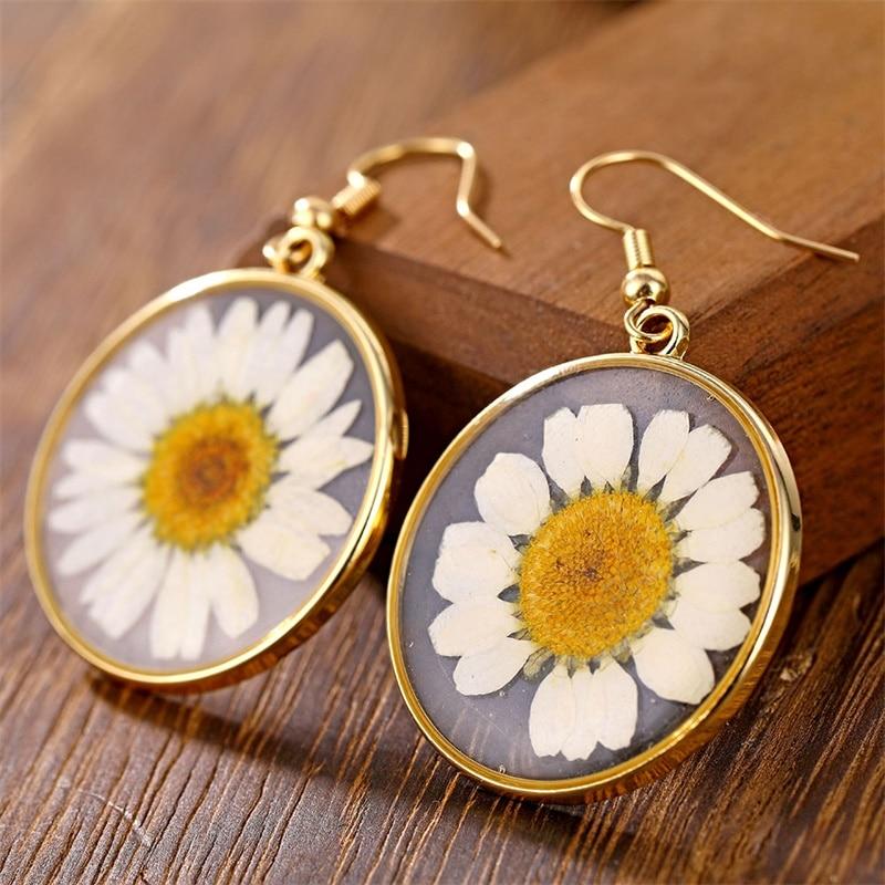 IFMIA Fashion Transparent Dried Flower Elegant Earrings For Women 2019 Resin Daisy Drop Earring Bohemian Geometric Gold Jewelry