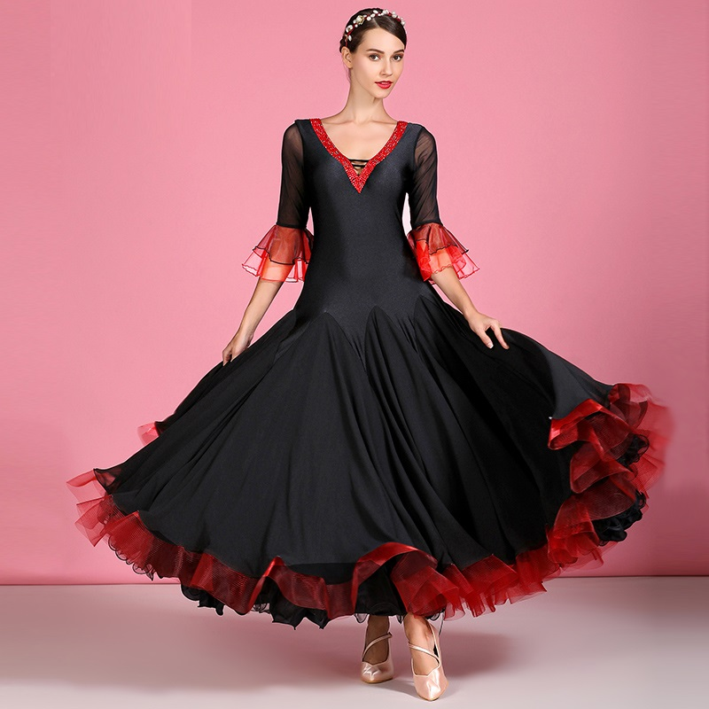 Black Ballroom Dress Women Tango Dance Costumes Spanish Dance Dress Flamenco Women Dance Dress Fringe Short Sleeves V-neck Dress