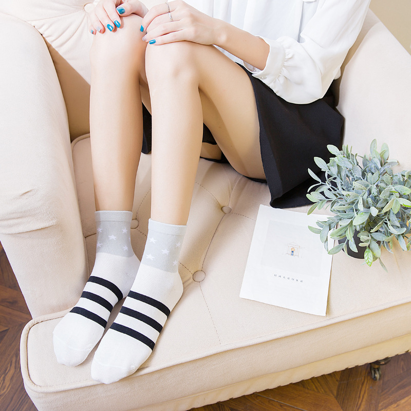 Calcetines Mujer Women Socks Autumn And Winter Korean Version Of The Striped Star Socks In Tube Cotton Casual Fashion Women's