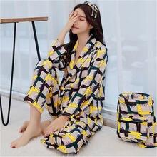 Женская пижама с длинным рукавом и принтом на осень