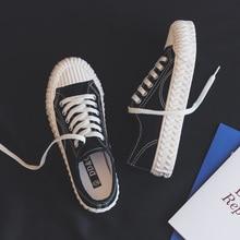 موضة المرأة فلكنيز أحذية قماش أحذية نسائية تنفس الشقق رباط الحذاء مبركن أحذية رياضية للنساء اللون أحذية رياضية
