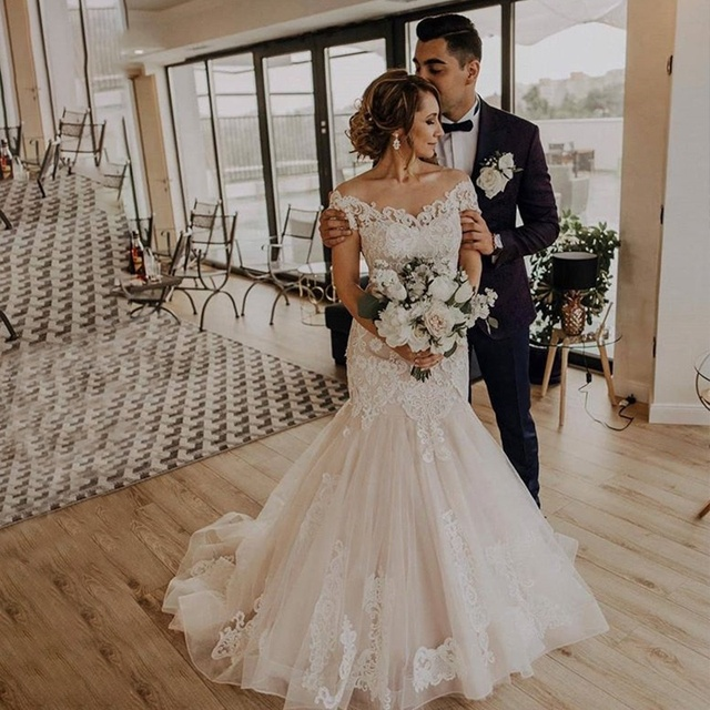Mermaid Wedding Dresses 2020 Jewel Neck Tulle Wedding Gowns Lace Up Back Bride Dress Lace Bridal Gown With Horsehair Custom Made