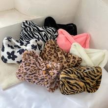 Fashion Plush Shoulder Top-handle Bag for Women Animal Pattern Mini Underarm Purse Street Clutch Soft Crossbody Bags Totes