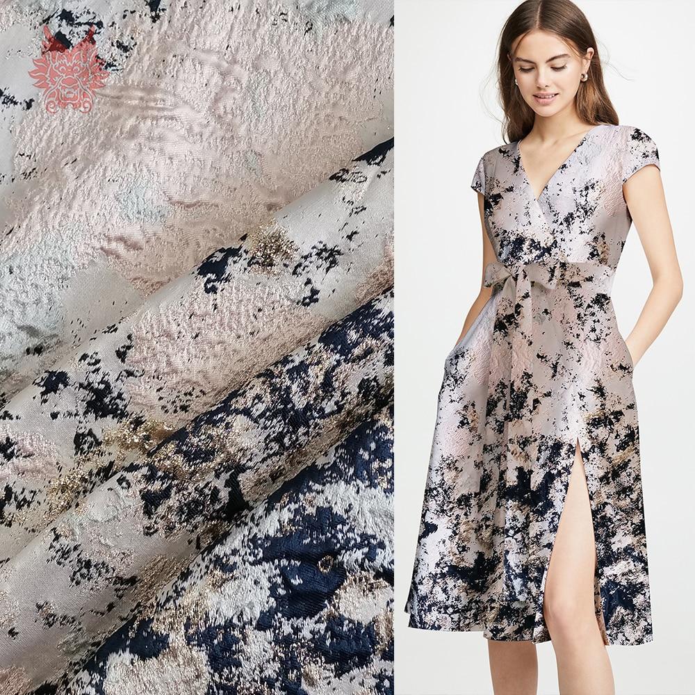 Tissu de brocart jacquard métallique de positionnement de graffiti de luxe de style américain pour le tissu de robe tecidos stoffen telas fil SP5522