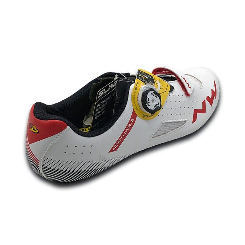 NW CORE hommes chaussures de vélo de route en fibre de carbone semelle renforcée en nylon 8 degrés structure de bouton chaussure de cyclisme auto-bloquante