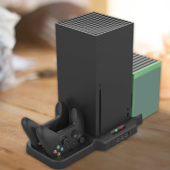 Add extra cooling to your Xbox Series X with this stand 2