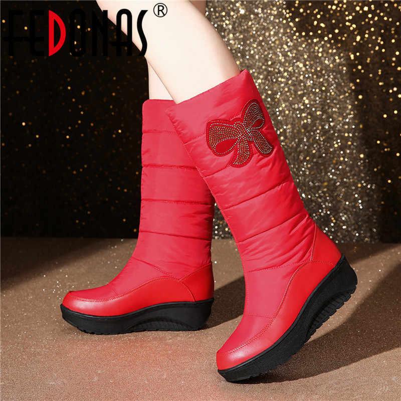 FEDONAS Kadınlar Oyalamak Aşağı Orta Buzağı Çizmeler Kış Yeni Kadın Büyük Boyut Platformu Kar Botları rahat ayakkabılar Kadın Uzun Sıcak çizmeler