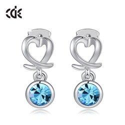 CDE круглые серьги с кристаллами Swarovski, повседневные ювелирные изделия, новые модные серьги в форме сердца, серебряный цвет, подарок, женские ...
