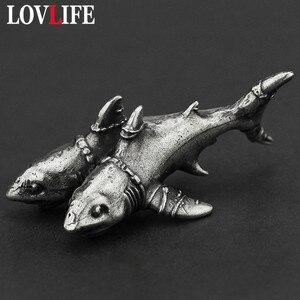 Biały mosiądz dwugłowy Shark Key łańcuszek wisiorek w stylu Vintage metalowe morze figurka zwierzątko brelok brelok wiszące Punk prezent dla mężczyzny biżuteria