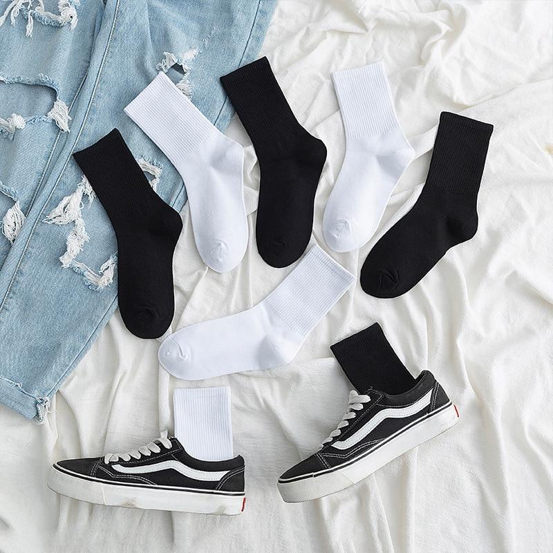 White Athletic Socks New Trend Ins Korean Couple Crew Socks Cotton Casual Autumn Boys Girls Black Running Socks Solid 1 Pair