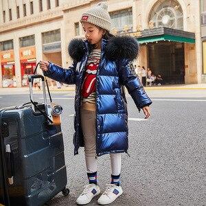 Image 4 - Rusya Snowsuit 2020 çocuk kış aşağı ceket kızlar için giysi su geçirmez açık kapüşonlu ceket çocuklar parka gerçek kürk giyim