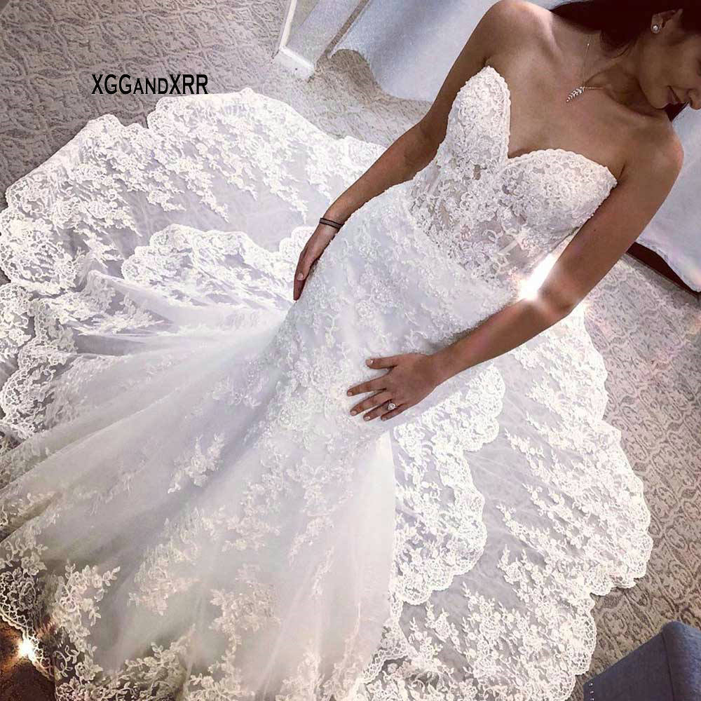 Charming Sweetheart Mermaid Lace Wedding Dress Elegant Applique Long Train Tulle Bridal Gown Backelss Vestido De Noiva