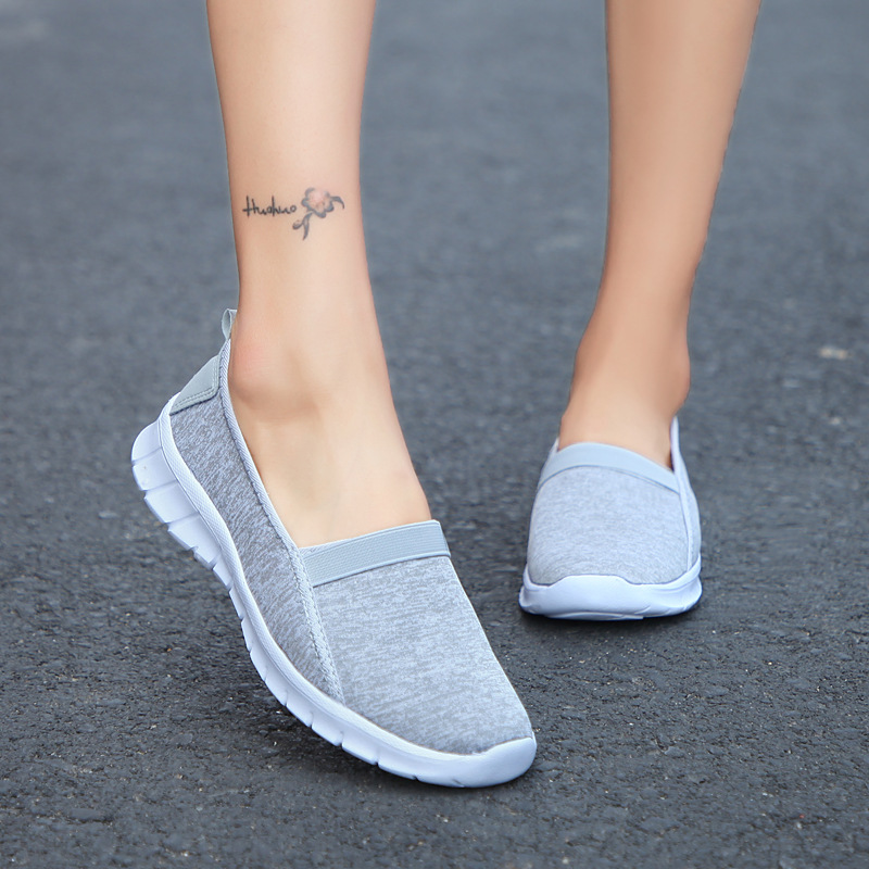 2020 Women Sneakers Slip On Soft Plus Size Breathable Flat Casual Shoes Summer Walking Women Vulcanize Shoes Zapatos Mujer VT847
