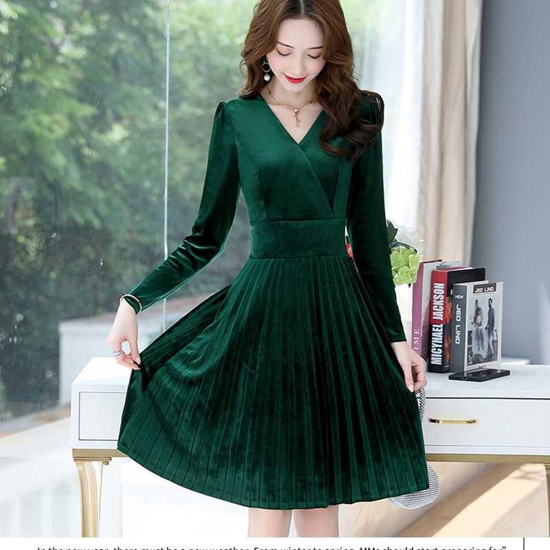 Yeni sonbahar kış kadife elbise kadınlar zarif uzun kollu V Yaka ince pilili kadife elbise bayanlar kısa parti elbise kadın elbise