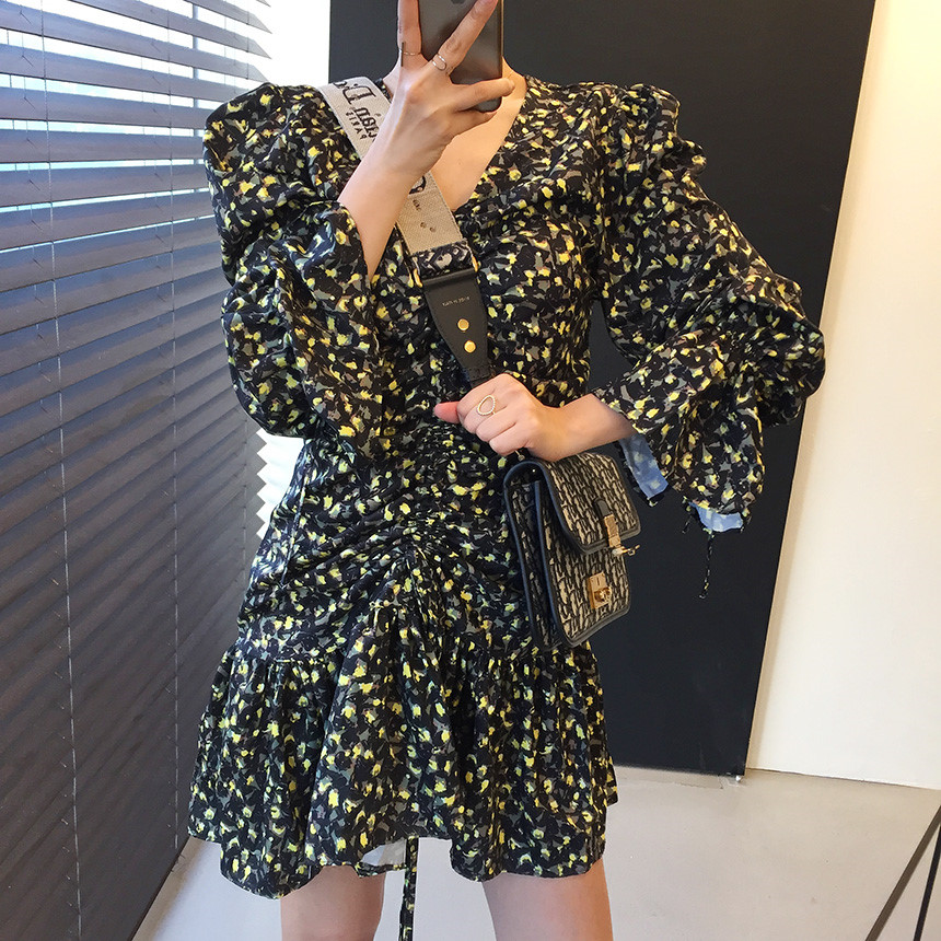 H93a1de4b014f47ddb7184c7e07b4b99bS - Autumn V-Neck Flare Sleeves Drawstrings Floral Print Mini Dress