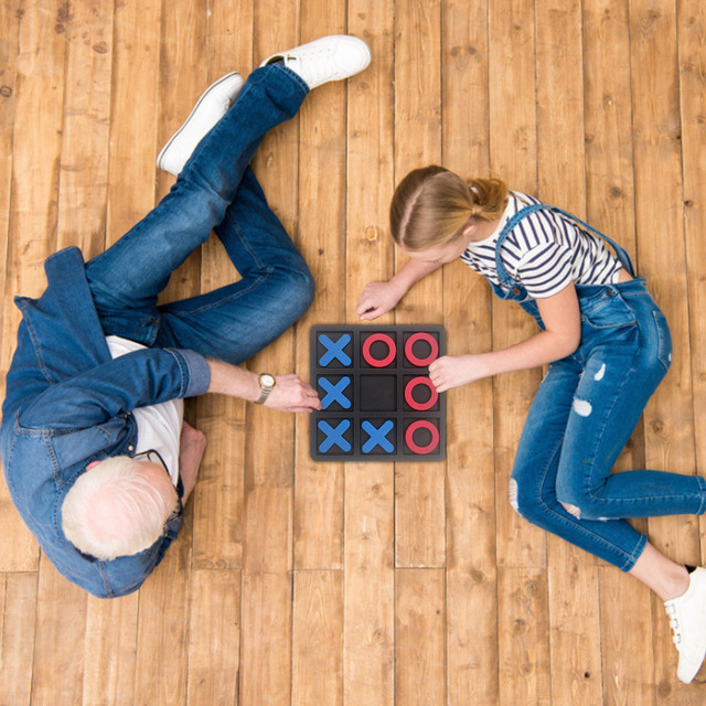 Noughts And Crosses Educational Puzzle Kids Children Wooden Board Games Indoor Playing Tic-tac-toe Noughts Family 4