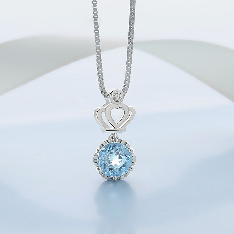 Fashion Pendant Necklace for Women Sexy Inlaid Blue Zircon Clavicle Chain Ladies Temperament Necklace Classic Jewelry in Pendant Necklaces from Jewelry Accessories