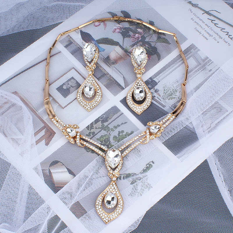 jiayijiaduo-American-fashion-wedding-jewelry-sets-Gold-color-Charm-women-summer-clothing-accessories-days-blue-crystal (5)