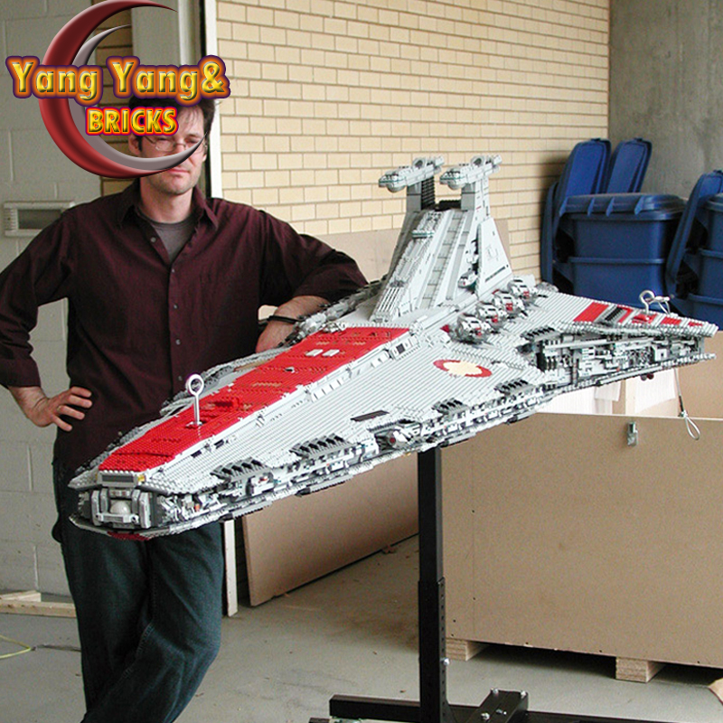 05077 The UCS Venator Class Star Destroyer ST04 Star Movie Wars Model Building Blocks 81067 05042 05027 05063 05028