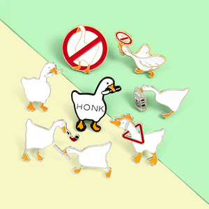 White Game Goose Print Brooch Cartoon Cute Brooches Zinc Alloy Enamel Pins Naughty Lapel Pins for Women Corsage Badges