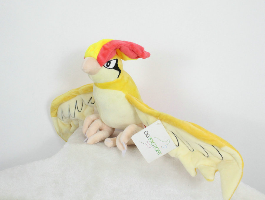 30cm Height Limited Edition Eevee Luma Anime Plush Doll Fan Collection Toy Pidgeotto Pidgeotto