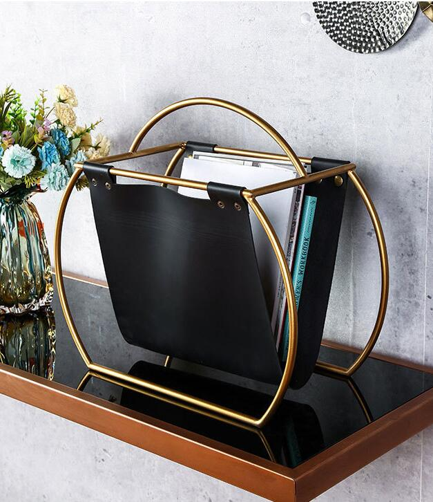 Free Standing Metal Creative Design Round Leather Magazine Rack Desktop Folder Book File Newspapers Holder For Office Home Table