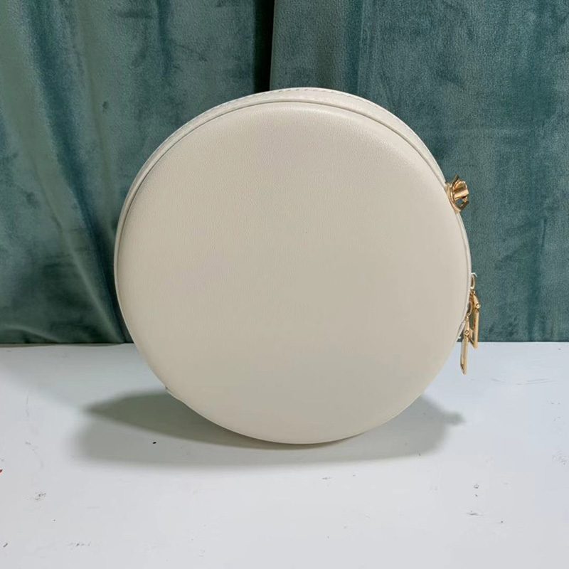 The new style of Chicken Round Bag in 2019 with Pu Cute and Fashion in One - 2