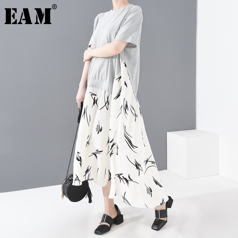 [EAM] Women Gray Hem Pattern Printed Long Big Size Dress New Round Neck Short Sleeve Loose Fashion Spring Summer 2020 1T21302