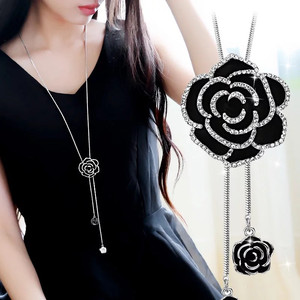 YLIOYE Women Zircon Black Rose Flower Long Necklace Sweater Chain Fashion Metal Chain Crystal Flower Pendant Necklaces Adjusted