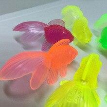 10 pçs/set crianças de borracha macia ouro peixes brinquedos banho do bebê para crianças simulação mini peixe dourado água da criança diversão natação praia presentes