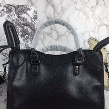 Fashion Brand Designer Oil Skin Women Messenger Bags Crossbo