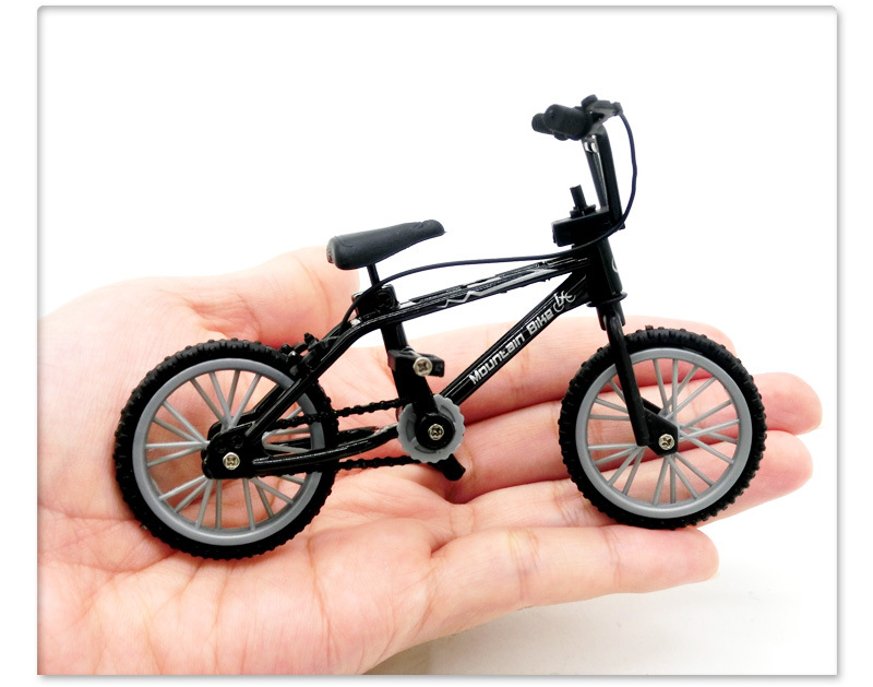 1:13 Simulation Bicycle Model Retro Double Pole Small Wheel Rider Refers To Bicycle