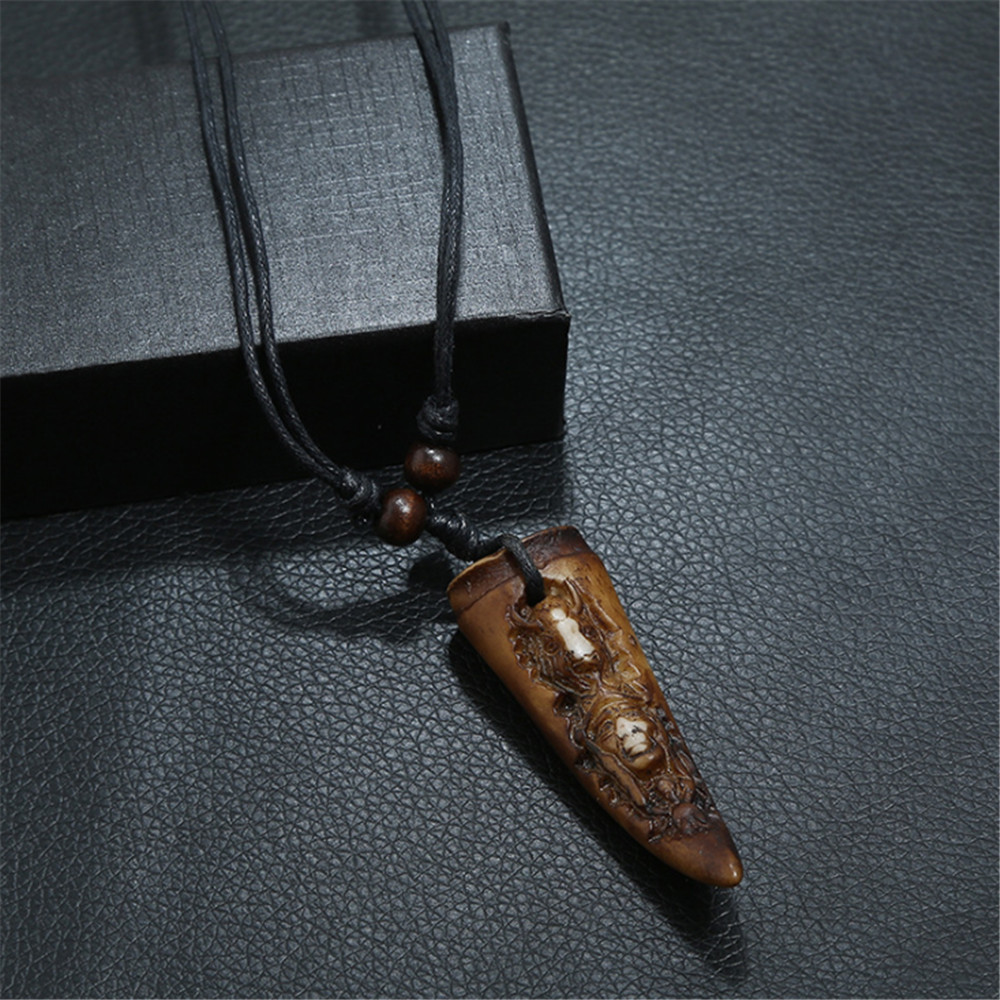 Charm Adjustable Rope Chain Carving Characters Long Necklace For Men Vintage Resin Pendant Necklaces Punk Jewelry
