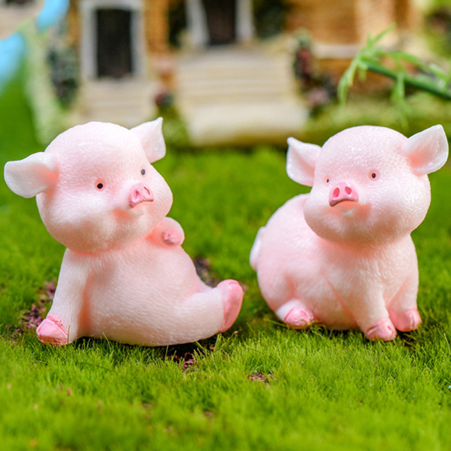 Miniature Cute Pig Garden Figurines Fairy House Home Office Desk Decoration Modern Accessories  Resin Miniatures Mini DIY Decor 2