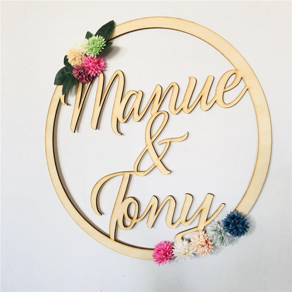 Деревянный венок на заказ, подвесной Свадебный круг, индивидуальное название пары, цветочный знак, романтические деревянные украшения для ...