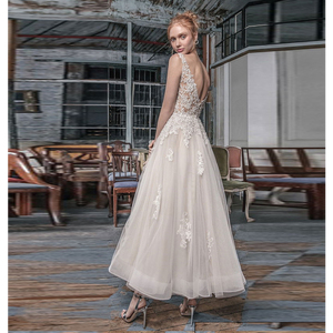 Image 2 - Verngo Aline Short Wedding Dress Ivory Appliques Tulle Backless Wedding Gowns Elegant Bride Dress vestidos de novia 2019
