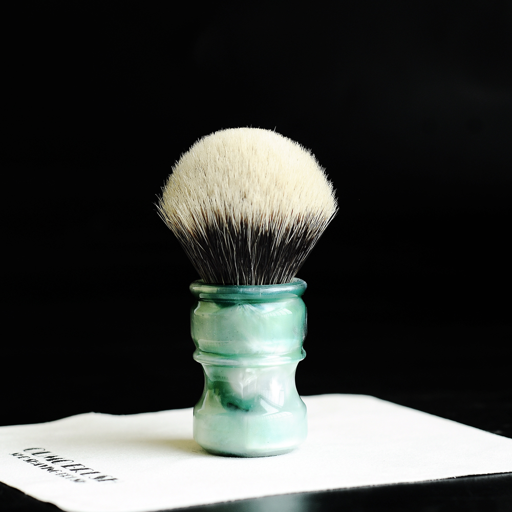 Image 5 - OUMO BRUSH  2019/8/1 CHUBBY  Art shaving brush with SHD bulb Manchuria badger knot gel city 26MM-in Shaving Brush from Beauty & Health