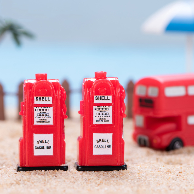 BAIUFOR Vintage Red Mailbox Telephone Booth Bus Figurines & Miniatures Sand Table of Building Model Child kids Toys 2