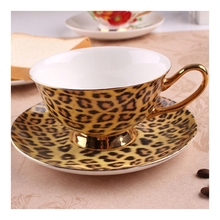 Leopard print fashion coffee cup and saucer british royal tea cappuccino ceramic cup and saucer bone china klimt classic kiss design coffee cup and tea saucer ceramic