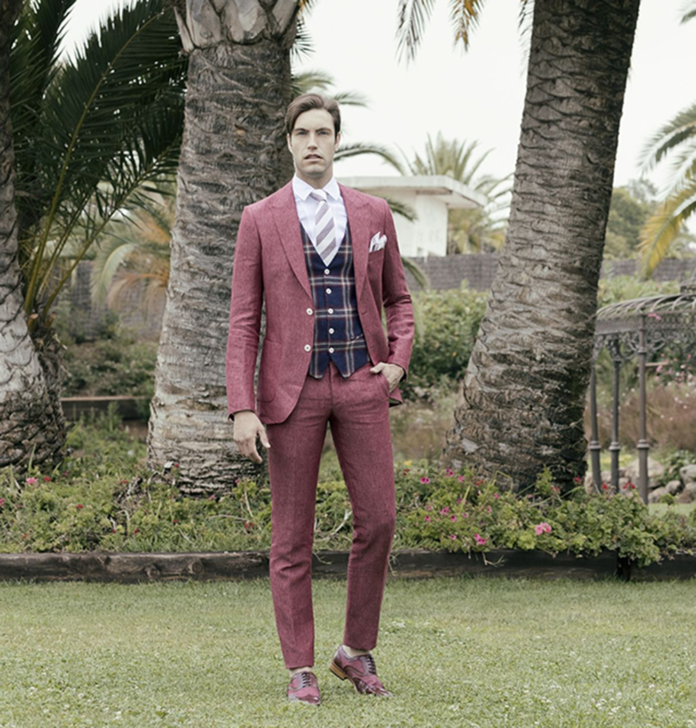 Mens suits Three-pieces Formal Notch lapel Groom tuxedo Wedding dress Gentle Prom Suits  Blazer Vest Pants