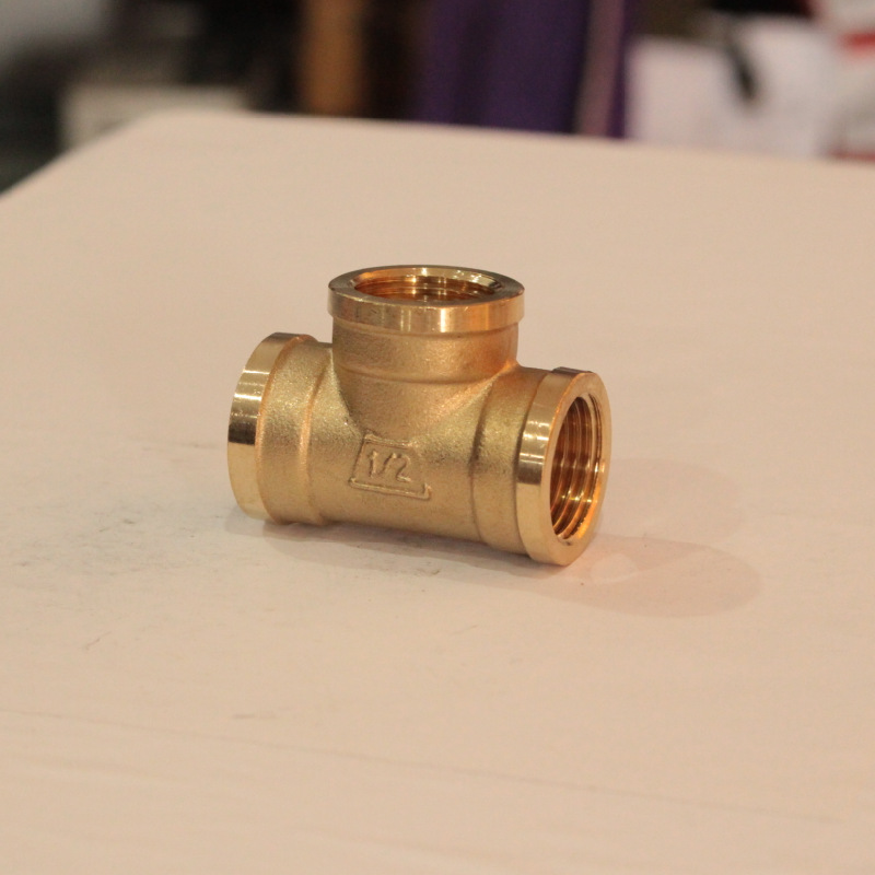 HJ 6 Points 1-Inch Brass Internal Thread Tee Joint Plumbing Accessories Copper Fittings Internal Thread Copper Fittings T-connec