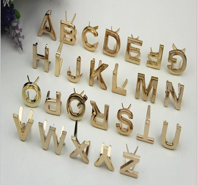 (20 Pcs/lot) Factory Direct Luggage Handbag Hardware Accessories 26 English Letters Logo Decorative Buckle