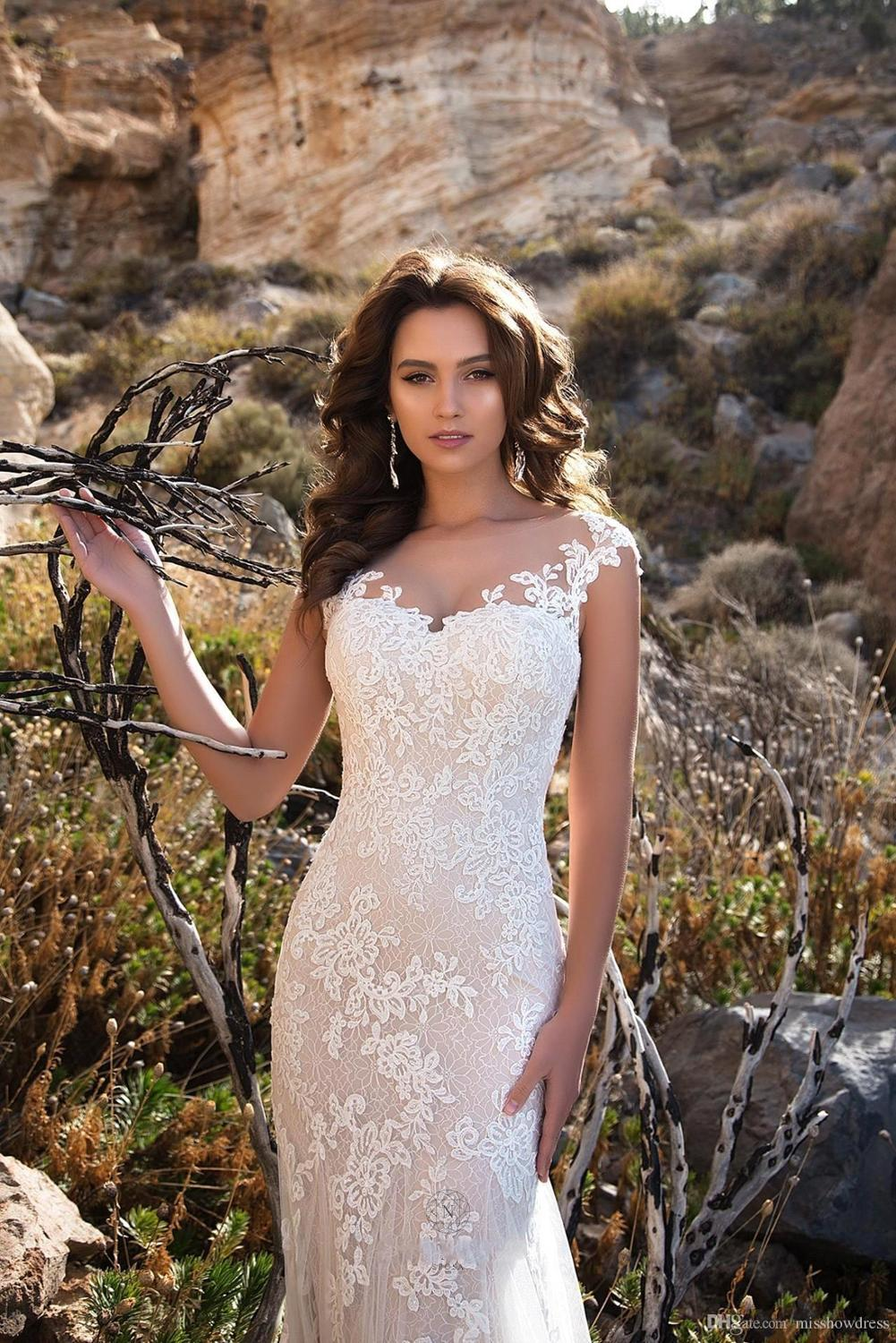 Elegant Lace Mermaid Wedding Dresses Sheer Cap Sleeves Lace Applique Sweep Train Wedding Bridal Gowns With Buttons