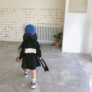 Image 4 - 2019 סתיו חדש הגעה קוריאנית סגנון כותנה אותיות מודפס loose אופנה ארוך שרוול הסווטשרט שמלת עבור מגניב מתוק babygirls