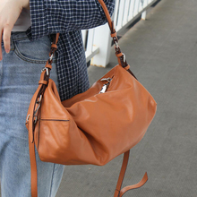 Casual 100% Genuine Leather Women Shoulder Bag Luxury Designer Leather Lady Handbags Travel Bag Large Casual Female Tote